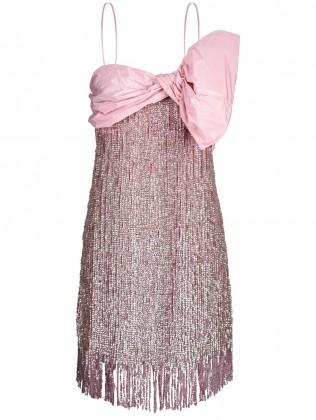 Vestido rosa con lazo